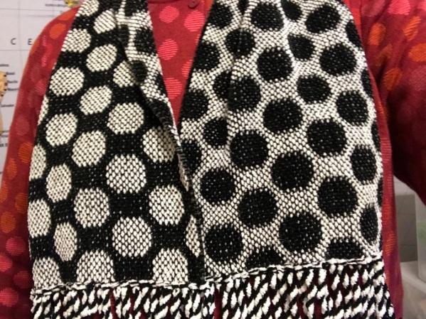 circles-scarf